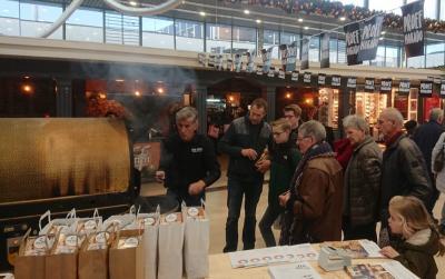 Koffiebranden tijdens Black Friday
